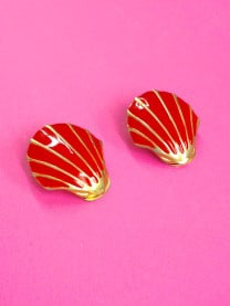 Red 1980s Vintage Earrings Shell Shape