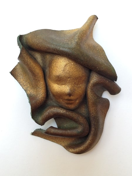 1980s brooch face front