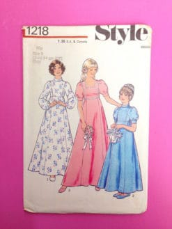 Style 1970s girl's bridesmaid dress pattern 1218